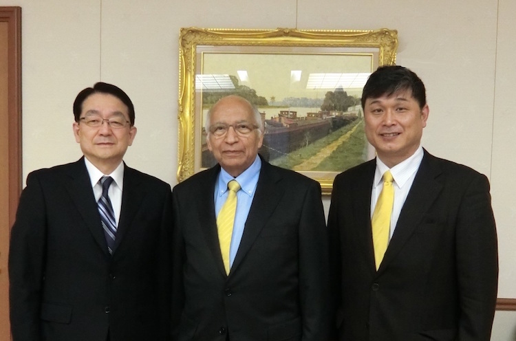 Photo (left to right): Hirotsugu Tersaaki, Director-General, Peace and Global Issues; Ramesh Jaura, Director General of INPS; Katsuhiro Asagiri, President of INPS Japan.